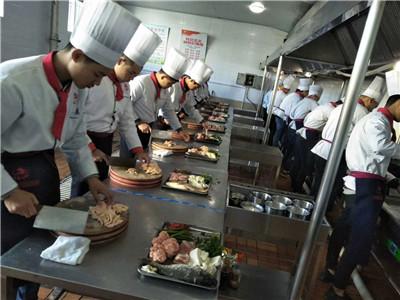 河北石家庄哪里能学厨师哪有厨师技校哪个厨师技校能学中餐厨师培训厨师学校招生