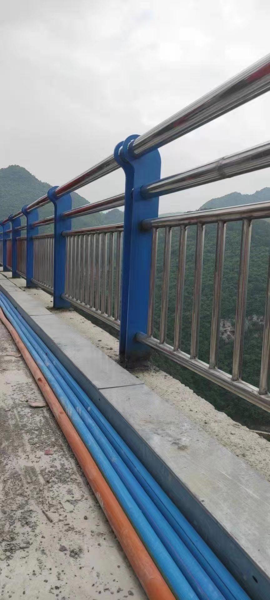 五指山市天桥护栏2021年新款式