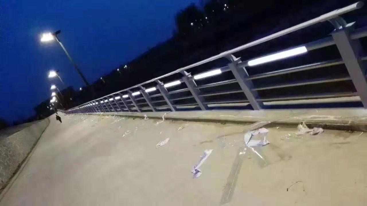 济南桥梁钢护栏免费出施工方案