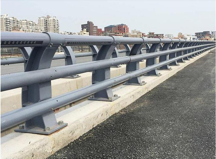 石家庄防撞护栏想做桥梁护栏