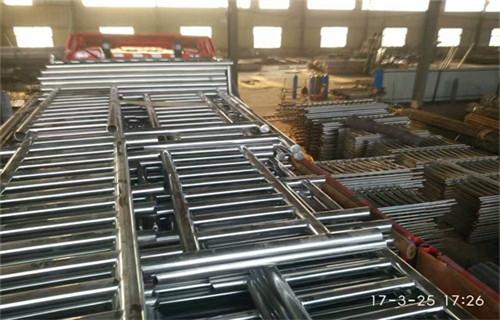 阳江不锈钢碳素钢复合管栏杆-钢板焊接包厢立柱详情咨询-报价