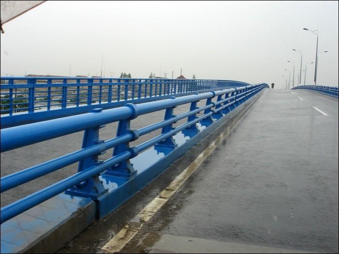 阳江灯光桥梁护栏备有现货可定制