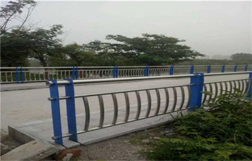阳江不锈钢护栏厂家/不锈钢桥梁防撞护栏资质全型号多