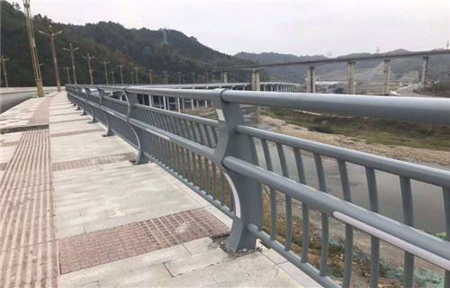 许昌高速防撞护栏诚信厂家