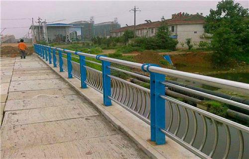 景德镇201不锈钢复合管护栏结实坚固支持定制