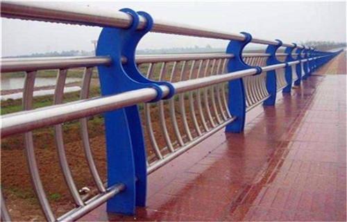郑州桥梁碳素钢复合管护栏工艺优越