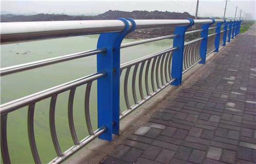 安庆防护栏立柱厂家直销