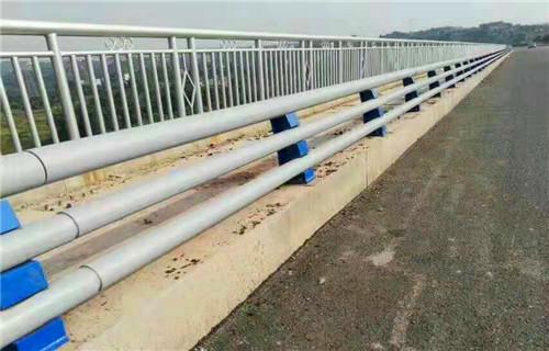 宝鸡桥梁景观不锈钢栏杆质量上乘