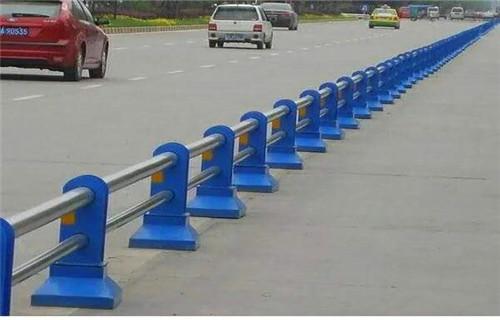 伊犁不锈钢桥梁护栏交货期短