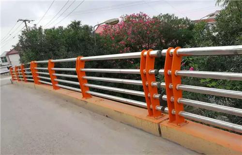 新疆桥梁护栏立柱板防腐抗老化