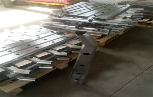 桂林1.15米道路护栏钢板立柱贵州销售点