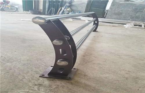 吉林河道防护不锈钢复合管栏杆厂家批发