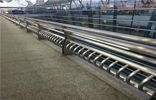三亚道路交通隔离护栏供求息