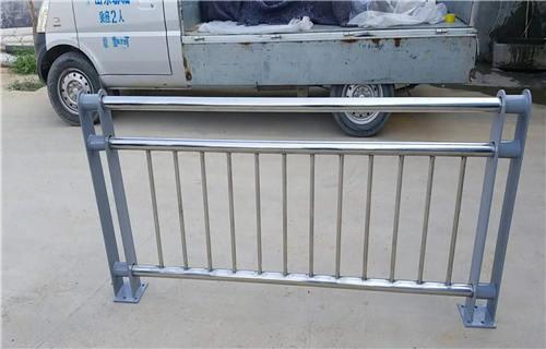铁岭不锈钢双金属复合管景观护栏常规规格