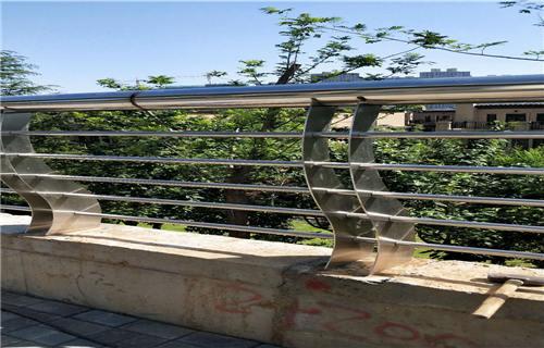 玉林人行道隔离栏杆供求息