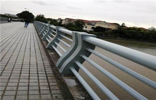 漯河不锈钢碳素钢复合管桥梁护栏价格低