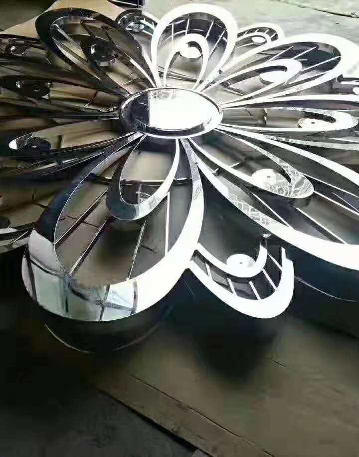 东莞不锈钢异形制品酒柜展架专业镀钛厂香槟金